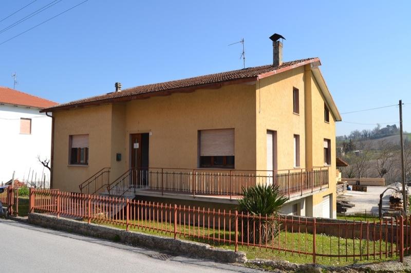 Villetta nicoletti agenzia immobiliare tombolesi - Immobiliare nicoletti ...